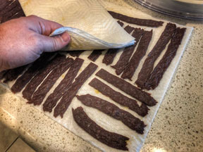 how-to-make-beef-jerky-with-ground-beef-blotting-the-finished-jerky